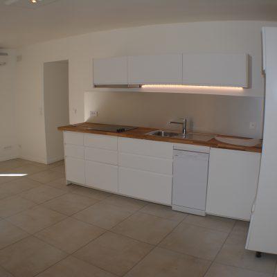 Location T3, Coudoux, salon-cuisine